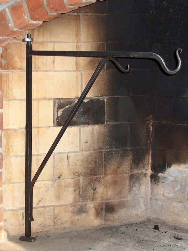 "18/"" Swivel Arm Fireplace Crane"