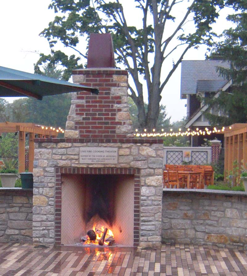 Outdoor rumfords for How to build a small outdoor fireplace